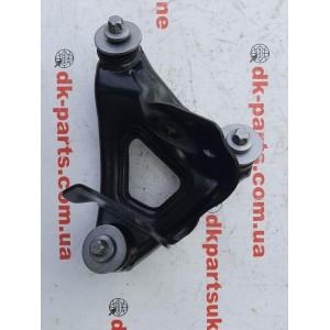 Кронштейн переднего двигателя левый 1111521-00-B