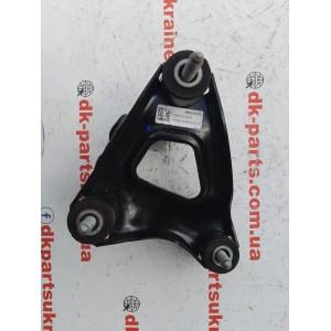 Кронштейн переднего двигателя правый 1111520-00-B