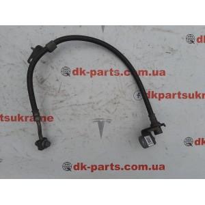 1 Шланг тормозной передний левый с кронштейном 1044721-00-D