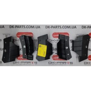 купити 2 Кронштейн бампера переднего верхний правый 1084170-00-В  в Україні