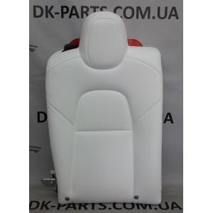 3 Спинка сидения правого 2-го ряда сидений, белая 7654332-02-C
