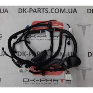 3 Электропроводка задней левой   двери с проводком на фонарик подсветки кармана карты 2067965-00-А