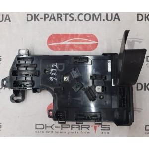 Контроллер низкого напряжения, правый AWD 1100340-32-I для Tesla Model 3