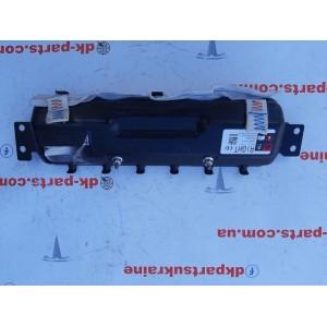 4 Подушка безопасности коленей пассажира 1077826-00-D