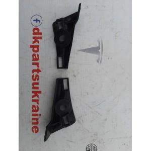 купити 12 Кронштейн панели щёток стеклоочистителя правый 1118934-00-B в Україні