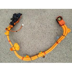 1 Порт зарядки с кабелем 1093010-00-E