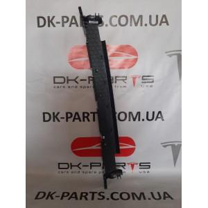 купити 1 Накладка верхняя проема двери задней левой 1105132-00-D в Україні