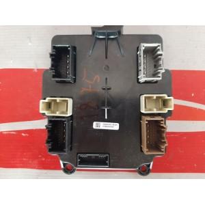 1 Блок управления задних дверей 1062056-00-C