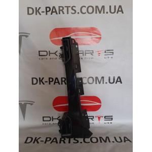 Накладка инструментальной панели декоративная, сторона пассажира, чёрный лак ,  с воздуховодами 6007628-00-C