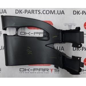 купити 31 Воздуховод противотуманной фары правый в сборе 1043931-00-E в Україні