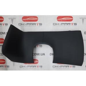 21 Декоративная накладка под руль, чёрная кожа 1002405-21-Н