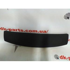 9 Панель динамиков крышки багажника 1037908-00-F