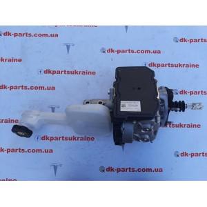 купити 1 Главный тормозной цилиндр 1045523-00-C в Україні