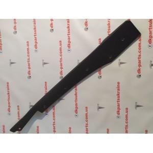 1 Пластик под датчик прижатия двери передней правой 1042411-00-D