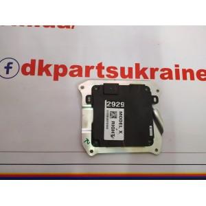 1 Контроллер двери передней правой 1050183-00-E