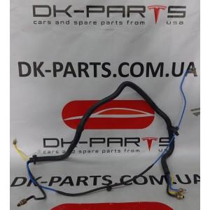 купити 1 Трубопровод соединительный передних пневмостоек 1061811-00-A в Україні