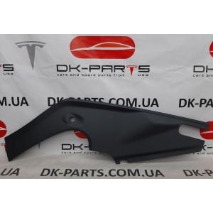 Подкапотный пластик бокса правый новый 1060479-00-C для Tesla Model S після 2016